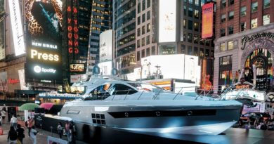 Un italiano (yacht) a New York, anzi a Times Square