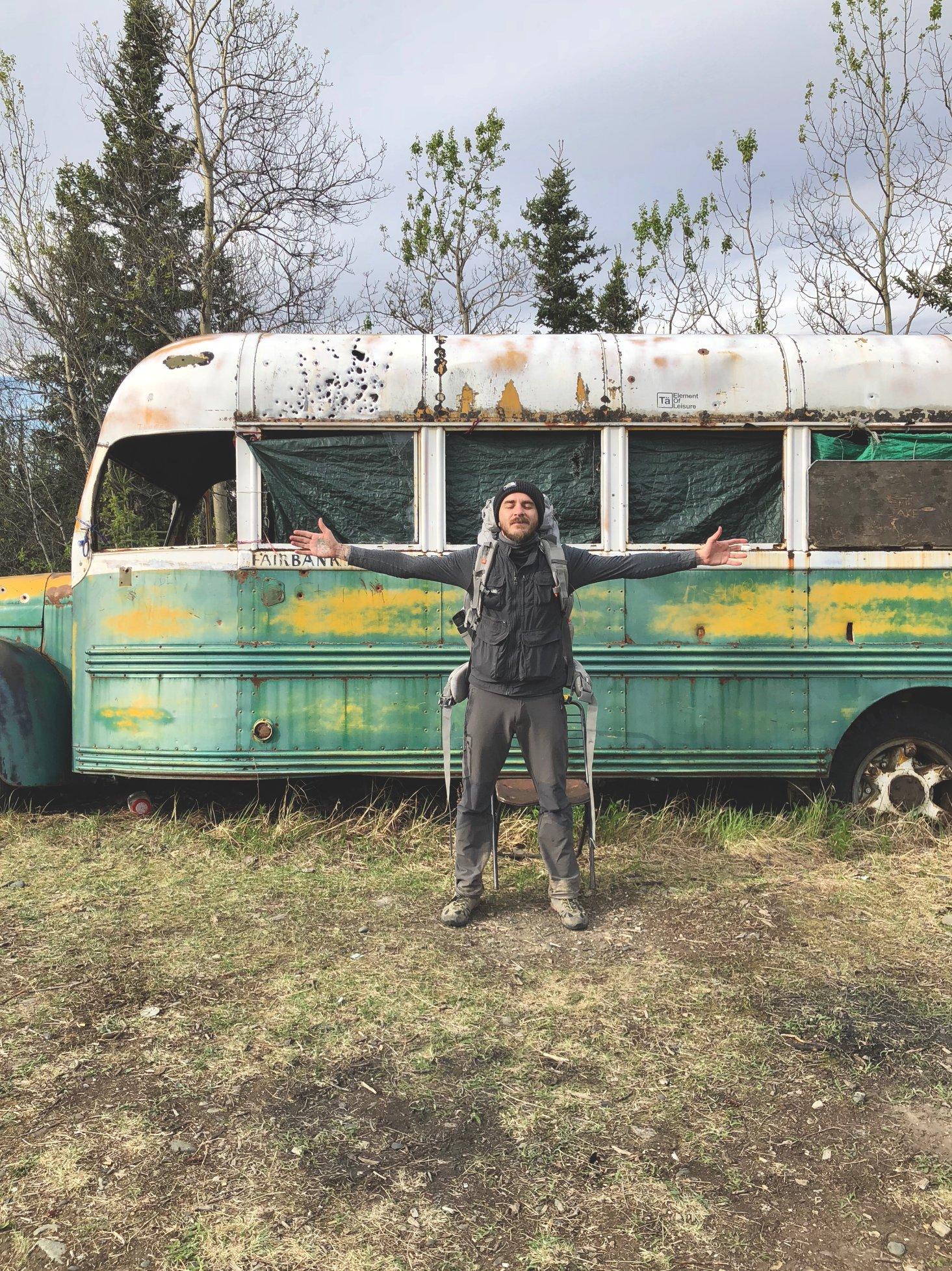 """Alaska, rimosso il Magic Bus di Into The Wild: """"Troppe vite a rischio"""""""